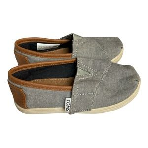 TOMS Toddler Shoes Size 8